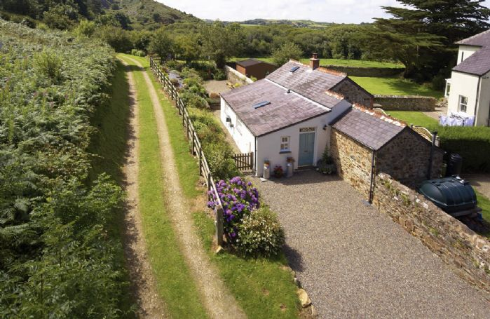 The Dairy is ideally located for exploring the Pembrokeshire Coast and countryside