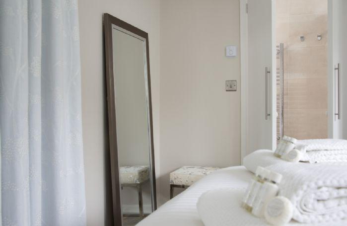 Ground floor: The bedroom has an en-suite shower room