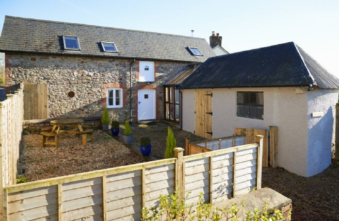Green Knowe Cottage  is located on the edge of the stunning Exmoor National Park