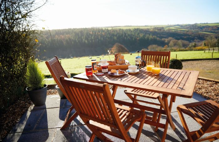 Seekings Cottage has a private patio with stunning views