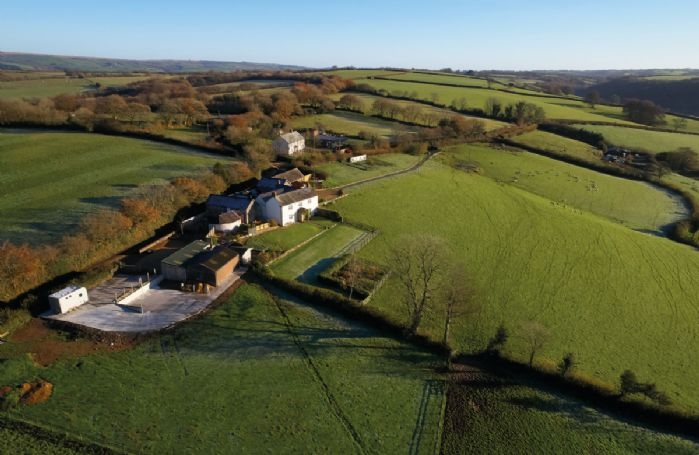 Situated on an old farm, Seekings Cottage is surrounded by countryside