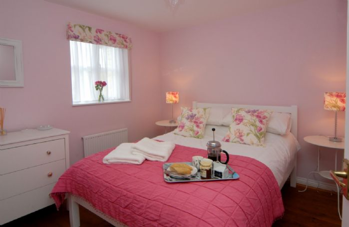 First floor: Second bedroom with 4'6 double bed
