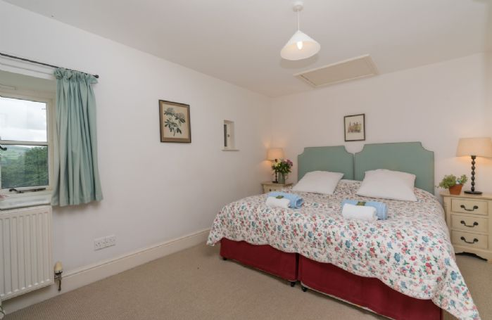 Ground floor: Double bedrooms with 3' zip and link beds which can be converted to a 6' bed on request.