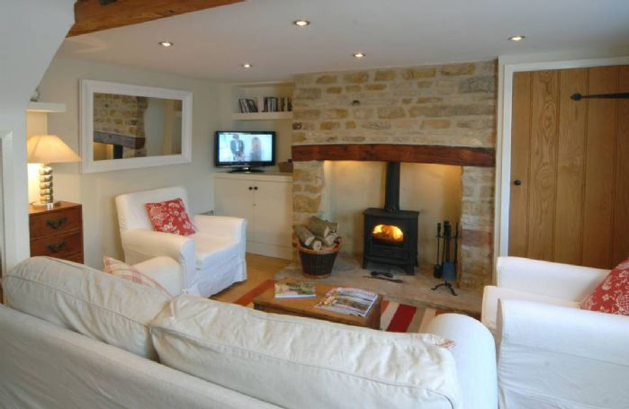 Ground Floor: cosy open fire and underfloor heating