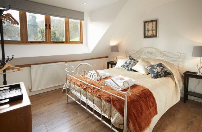 Littlepool: First floor bedroom with en-suite bathroom