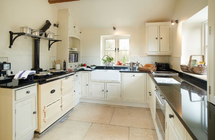 Ground floor: Kitchen with AGA