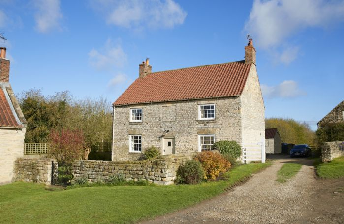 Lime Kiln Farmhouse detached property with private enclosed garden situate on the Castle Howard Estate in Coneysthorpe
