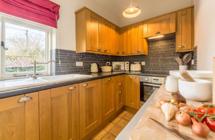 Ground floor:  Fully fitted kitchen, equipped for two people.