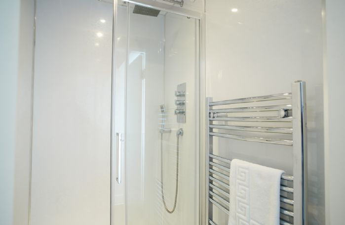 Ground floor: Shower room (no wc)