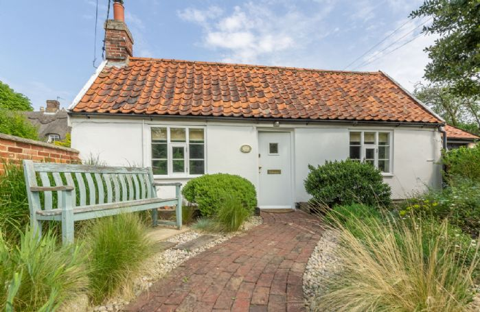 Myrtle Cottage is a perfect mix of period features, contemporary fittings and stylish furniture in a traditional Suffolk cottage