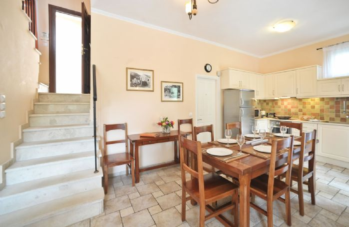 Ground floor: Open plan living, dining and kitchen area
