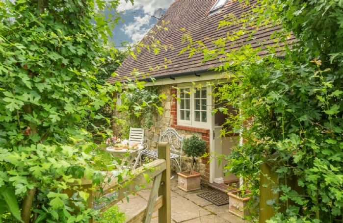 Sakers Cottage is situated in a secluded, rural spot