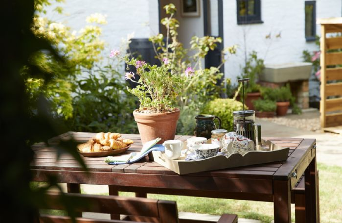 Step outside the door and enjoy breakfast.