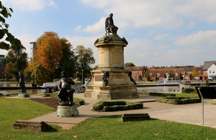 Visit Stratford-upon-Avon, the 16th century birthplace of William Shakespeare