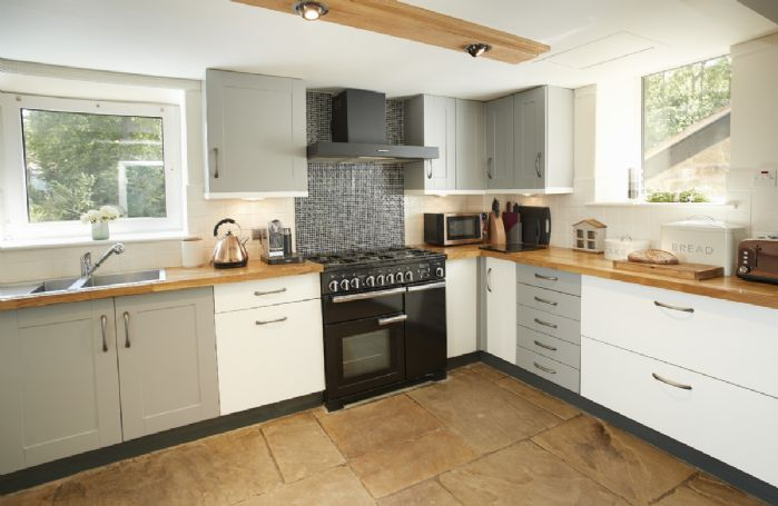 Ground floor: Fully fitted kitchen with modern appliances