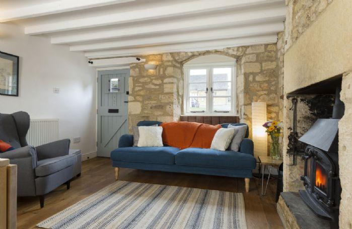 Ground floor: Entrance door leads into the cosy open plan living area
