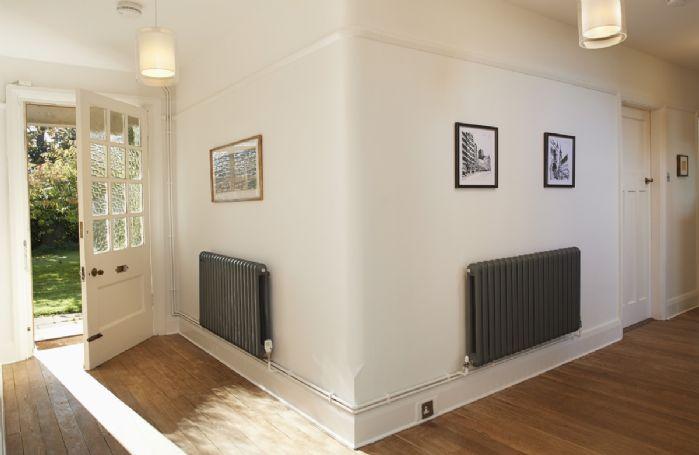 Ground floor: Light and spacious entrance hallway