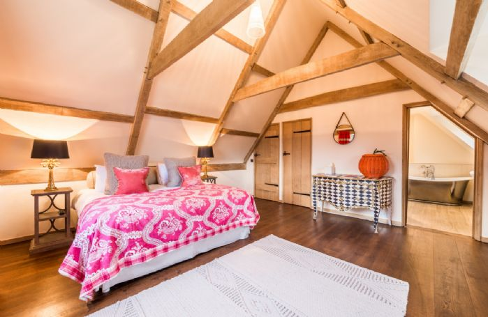 Farmhouse Pink bedroom