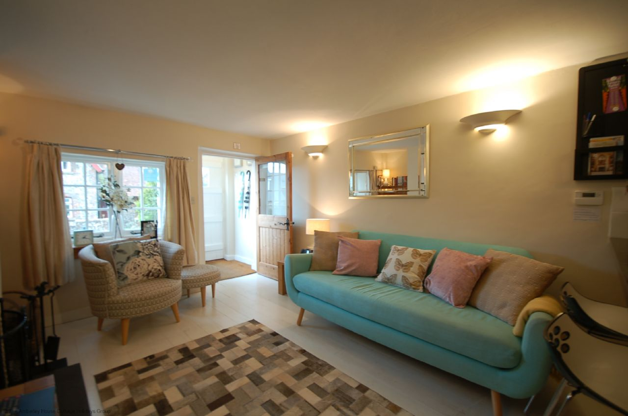Rose Cottage | Holiday Cottage Sleeps 3 | Arundel