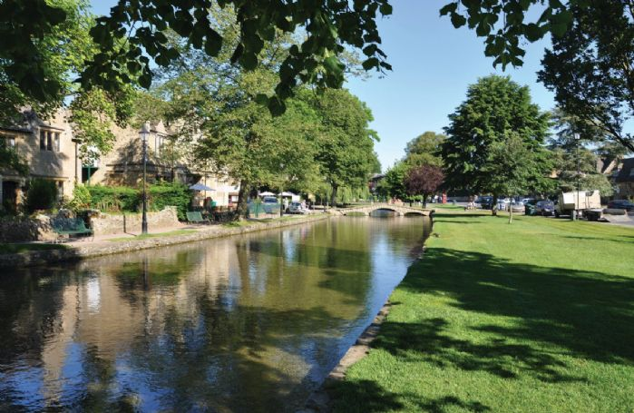 The centre of Bourton-on-the-Water can be reached in just five minutes