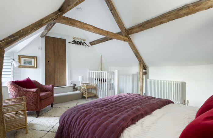 Second floor:  Bedroom with 5' king size bed and en-suite bathroom