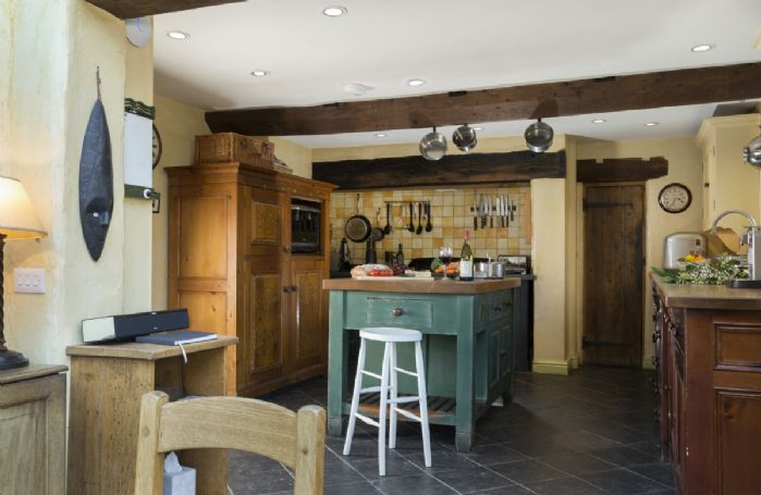 Ground floor: Kitchen with island perfect for cooking for large parties