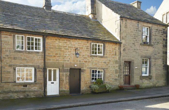 Memorial Cottage is a Grade II listed, period stone, terraced holiday cottage