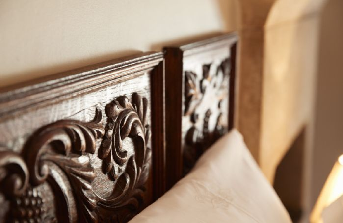 Elegant features at the cottage