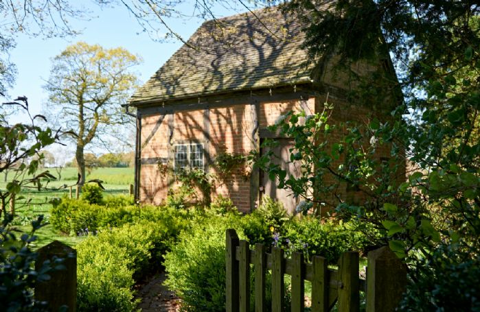 There is also an orchard and the quaint Little House nestled in the grounds (guests do not have access to the Little House)