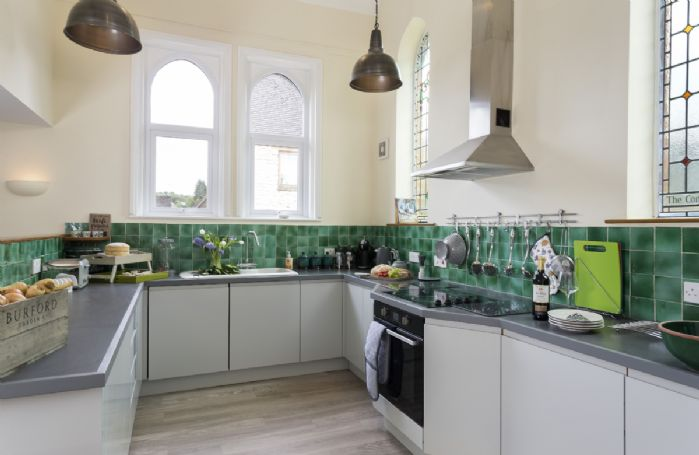 Ground floor: The light, modern and fully equipped kitchen