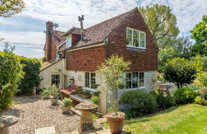 Cherry Cottage is a stunning holiday cottage with beautiful views