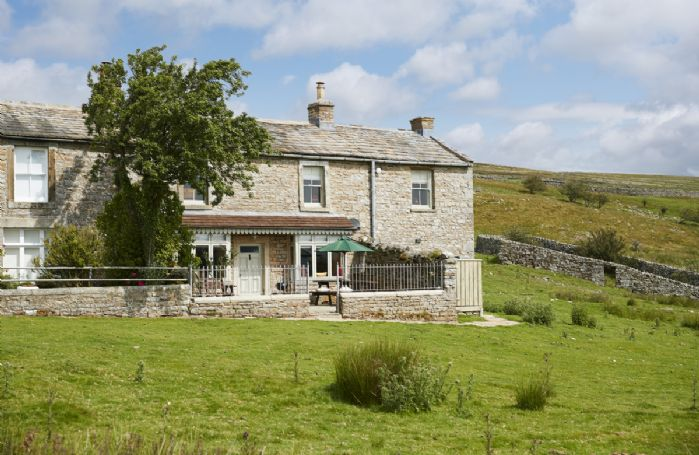 Heatherdene is a Grade II listed former mine manager's house, sits in a spectacular location in Swaledale with fabulous views in all directions