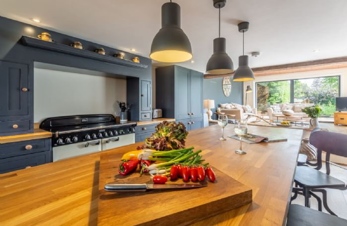 Ground floor: Stunning modern and fully equipped kitchen with island
