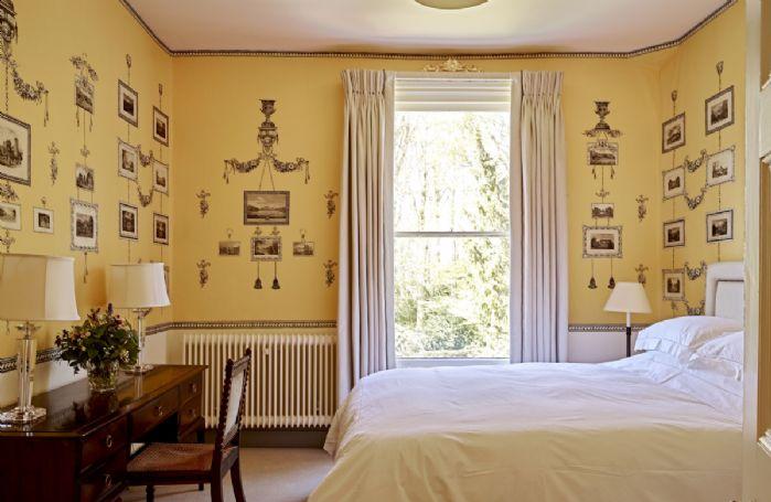 First floor: Print Bedroom