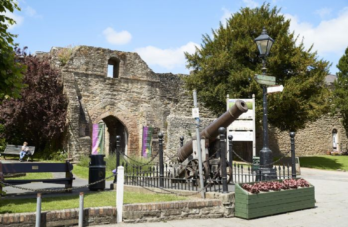 Visit the medieval ruins of Ludlow Castle just a 15-minute drive