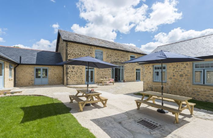 Also at Stapleford Farm Cottages are Drackenorth Lodge and Tothery Cottage. All three can be booked together to sleep 20 guests.