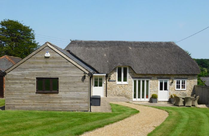 East View Barn is situated on the edge of Melbury Osmond, a quintessentially Dorset village