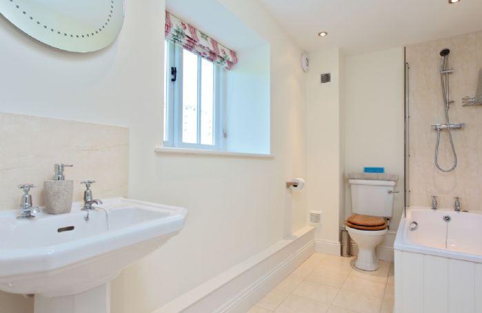 Upper ground floor: En-suite to bedroom two