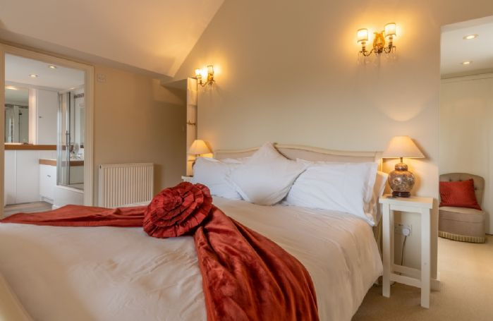 First floor: Master bedroom with 6' super king bed and en-suite