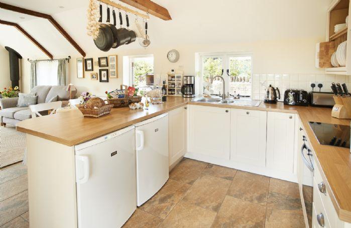 Ground floor: Modern, open plan fully fitted kitchen