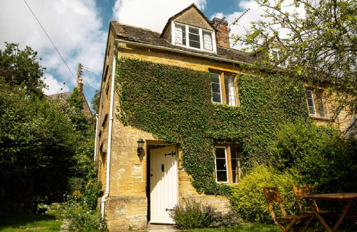 Bank Cottage is set in a delightful Cotswold village location