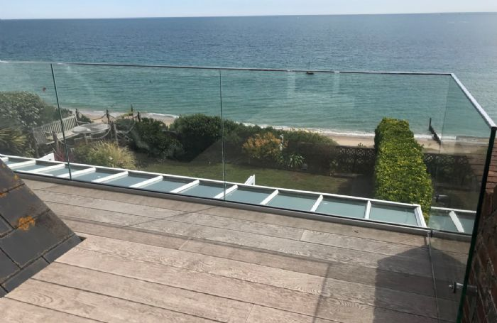 Fabulous sea views from the first floor balcony
