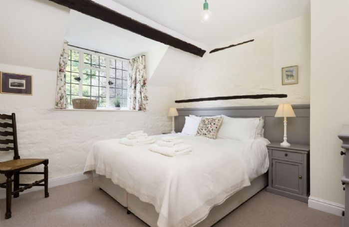 First floor: Double bedroom with 5' bed