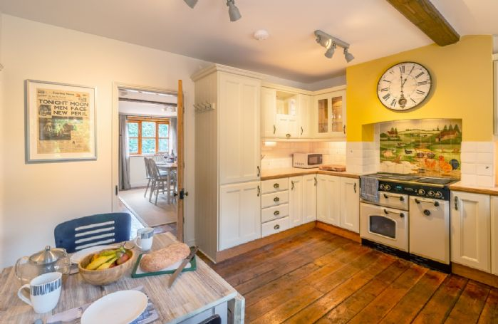 Ground floor: Kitchen with electric range cooker