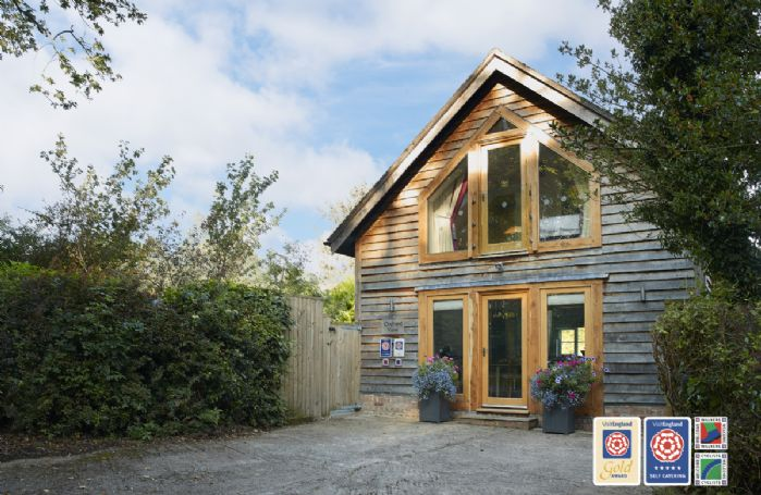 Orchard View is a luxury detached and award winning holiday home, having gained Visit England Gold Status and 5 stars