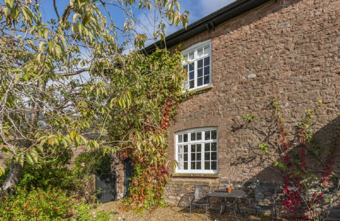 Hearn Lodge is furnished to a high standard and maintains many original features