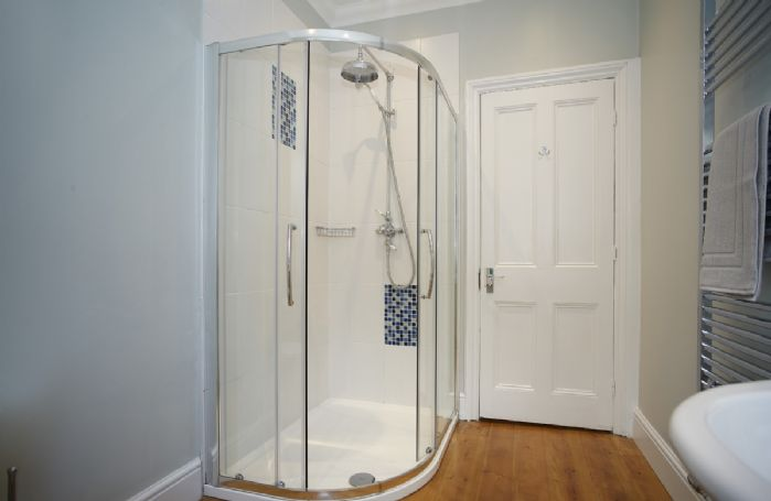 First floor: Shower room with walk in shower