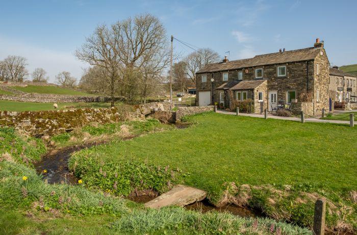 1 Riverside Cottage