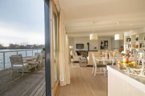 Byfold doors open out onto the terrace