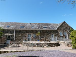 Bythynnod Sarn Group Cottages